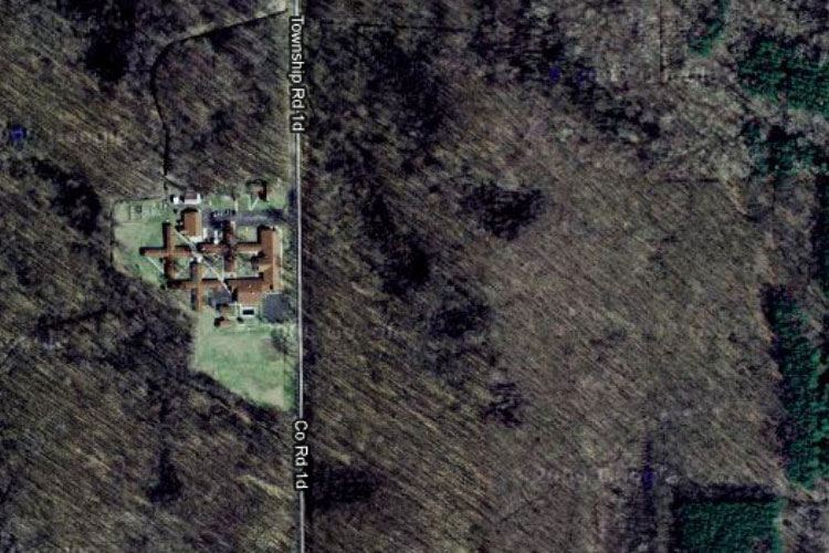 Henry-Lutheran-home-summer-2010-aerial